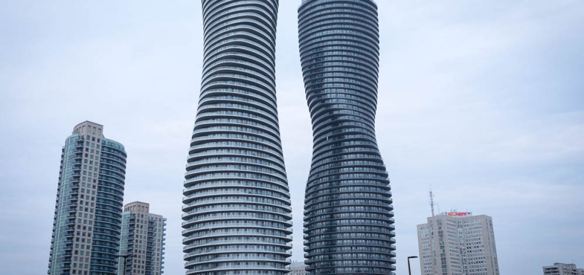 Absolute World, Mississauga, ON